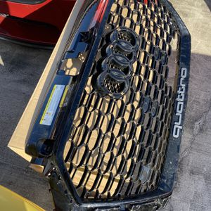Audi Rs3 Front Grill for Sale in Miami, FL
