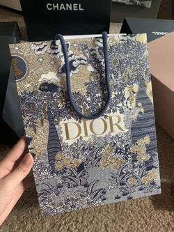 Dior 2019-2020 Limited Holliday Collection bag for Sale in Paradise,  NV