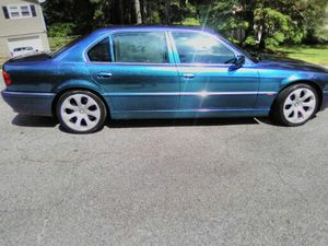 BMW 7 series Fresh Paint💦💦💦 cold ac an heat only flaw is power steering power leaks cheap fix 65 on Amazon for Sale in Douglasville, GA