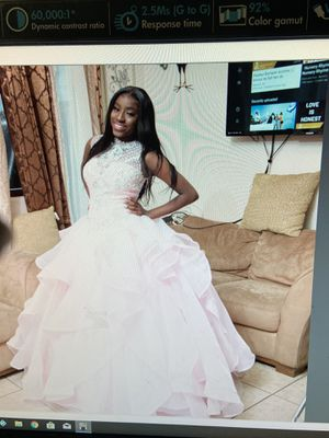 Sweet 16 / quinceanera dress for Sale in Ives Estates, FL