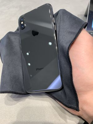 iPhone X Unlocked Any Carrier for Sale in Scottsdale, AZ