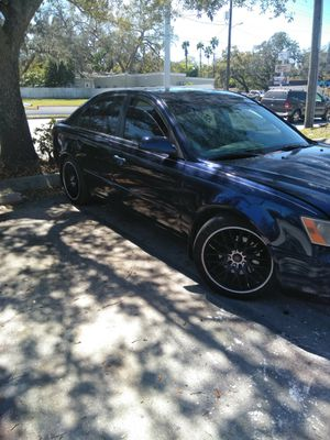 Hyundai sonata 4 doors for Sale in Tampa, FL