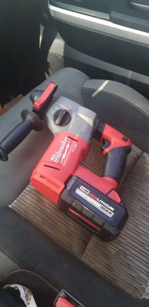 Hammer drill con 1 bateria 6.0 for Sale in Gaithersburg, MD