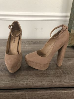 High Heel Shoes w/ Ankle Bracelet for Sale in Saratoga Springs, UT