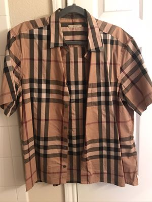 Burberry short sleeve for Sale in Houston, TX