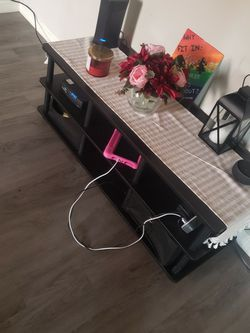Little TV Stand For Sale for Sale in Exeter,  CA