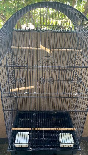 Bird cage . Good condition. for Sale in Los Angeles, CA