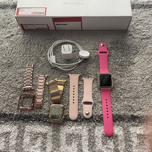 Apple Watch Series 5 40m LET with Cellular Data for Sale in Brandon, FL