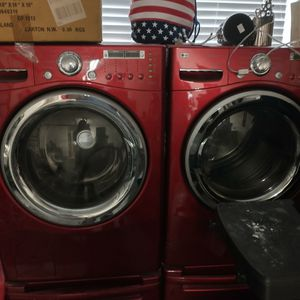 LG Washer And Dryer for Sale in Kissimmee, FL