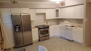 Range, Microwave, and dishwasher for Sale in Willow Grove, PA