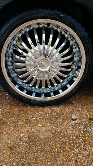 20 inch Chrome Rims for Sale in St. Louis, MO