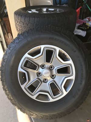 Jeep Wrangler Rubicon wheels for Sale in Glendale, AZ