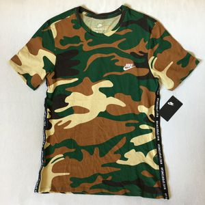 Nike Sportswear Green Brown Camo Embroidered T-Shirt Mens SZ Medium for Sale in Las Vegas, NV