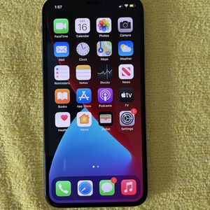 iPhone X ATT - 400 for Sale in Cleveland, OH