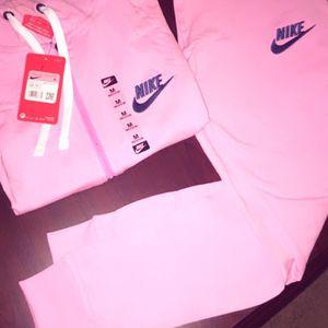 Women Nike Sweatsuits for Sale in Dallas, GA