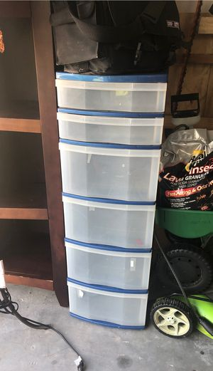 Plastic storage unit with 6 drawers for Sale in Pembroke Pines, FL