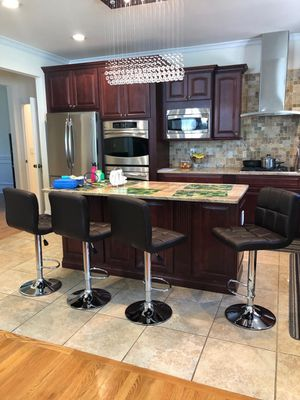 Bar stool for Sale in Paterson, NJ