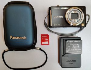 Panasonic Lumix 16 megapixel camera, 8x optical zoom, Leica lens, case, 4GB card, extra battery and charger. Pick up, Vernon Hills area cash payment for Sale in Vernon Hills, IL