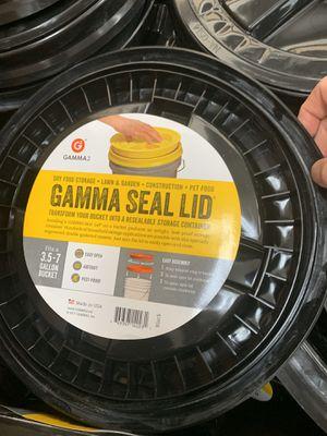 5 gallon bucket lids gamma laguna/franklin for Sale in Elk Grove, CA