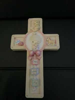 "Precious Moments Jesus Loves Me Cross Large Cross approx 7.75"" x 4.75"" for Sale in Henderson, NV"