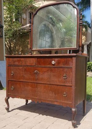 Antique dresser vanity for Sale in Lake Worth, FL