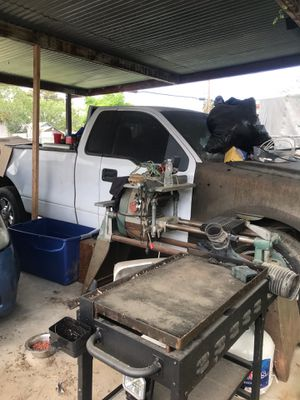 2004 Ford F-150 (PARTS) for Sale in Fresno, CA