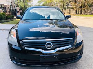 Needs to go ASAP Nissan Altima 2008 FWDWheels Full Price $12OO$ for Sale in Lincoln, NE