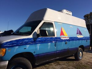 Custom painted van ready to travel! for Sale in Gulfport, MS