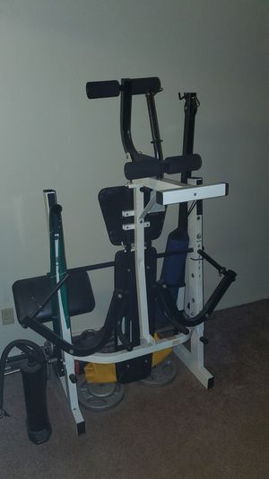 Full set of Weight lifting equipment for Sale in Arnold, MO