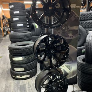 Fuel Off Road Wheels Mud Terrain Tires Alignment Level Kit Lift Kit for Sale in San Jose, CA