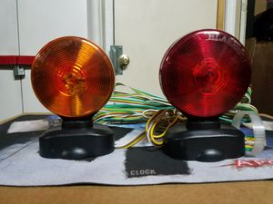 BLAZER INTERNATIONAL 2 SIDED MAGNETIC TRAILER TOWING LIGHT for Sale in Downey, CA