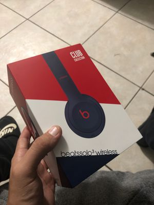 Beats 3 solo wireless for Sale in Lauderdale Lakes, FL