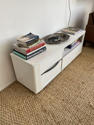 Tv stand with drawer/ cabinet for Sale in Marina del Rey, CA