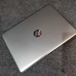 HP laptop for Sale in Farmville,  VA