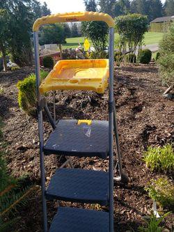 Ladder for Sale in Ridgefield,  WA