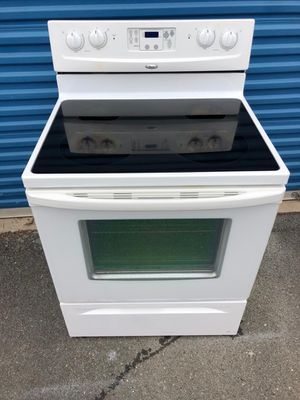 Whirlpool electric stove for Sale in Frederick, MD