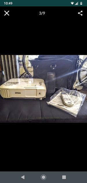 Epson PowerLite x39 Pro3500-Lumen XGA 3LCD Projector for Sale in Seattle, WA