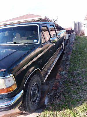 Ford 350 diesel título limpio 260,000 millas 6000 o mejor oferta for Sale in Dallas, TX