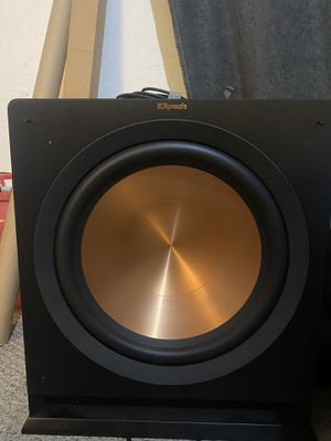 15 in 800 watt Klipsch Subwoofer for Sale in Turlock, CA