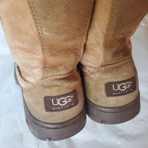 Ugg boots size 9 for Sale in Aurora, CO