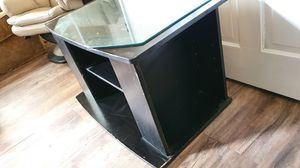 TV stand FREE for Sale in Marietta, PA