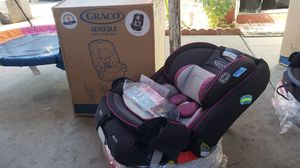 4ever car seat 4in 1 new in Box for Sale in Fontana, CA