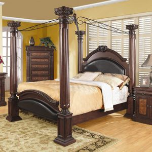 Brown Queen Size Bed Frame ( Good Condition) for Sale in Salem, OR