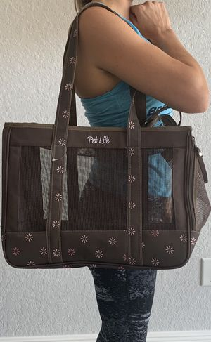 Dog Cat Pet carrier for Sale in Tampa, FL