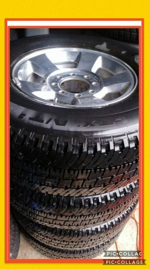 LT285/70R17 wheels/Michelin tires 8 holes 8x6.5 Dodge Ram for Sale in Vancouver, WA