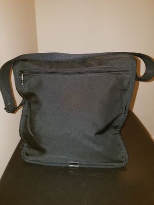 TUMI shoulder/cross body Messenger Bag for Sale in Dona Vista, FL