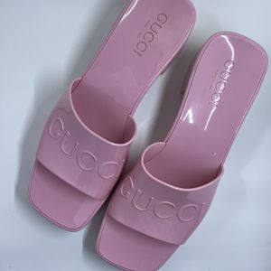 Gucci Rubber Pink Platform for Sale in Chicago, IL