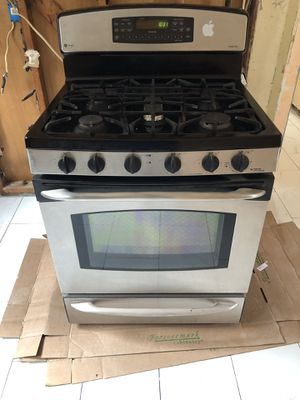 GE Profile range gas stove for Sale in South Brunswick Township, NJ