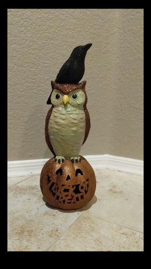 Halloween Trick or Treat Pumpkin, Owl & Crow with glitter (lights up) for Sale in Sun City, AZ