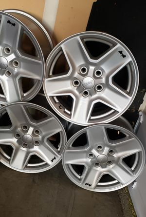 Wheels 17 for jeep for Sale in Laguna Niguel, CA
